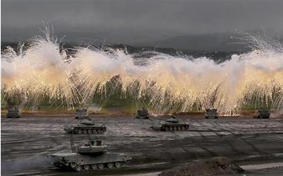 陸上自衛隊の火力演習.PNG