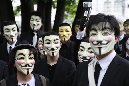 アノニマスを名乗るハッカー集団.PNG
