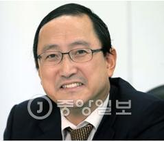 キム・カンウォン弁護士.PNG
