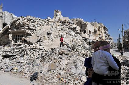 シリア北西部で空爆.PNG