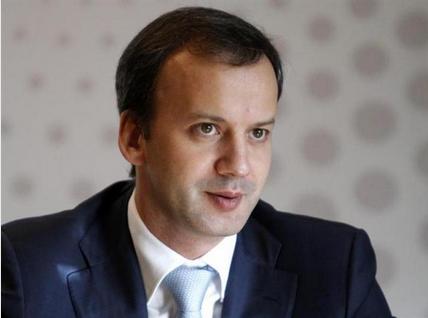 ドボルコビッチ副首相.PNG