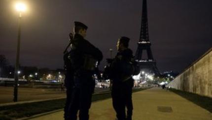 パリ連続襲撃事件1.PNG