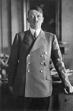 ヒトラー1.PNG