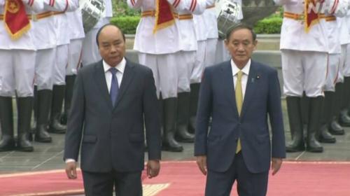 ベトナムのフック首相と菅義偉・ベトナム.PNG