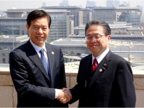 世耕弘成(右)・WTO改革.PNG