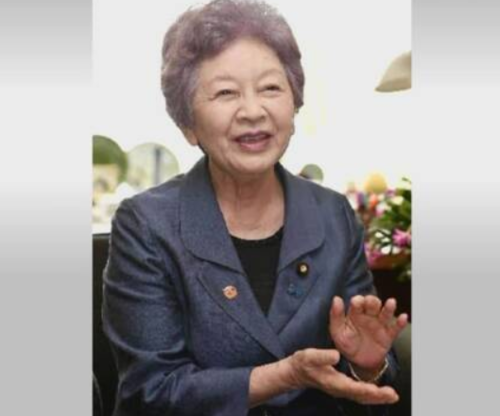 中山恭子・引退へ.PNG