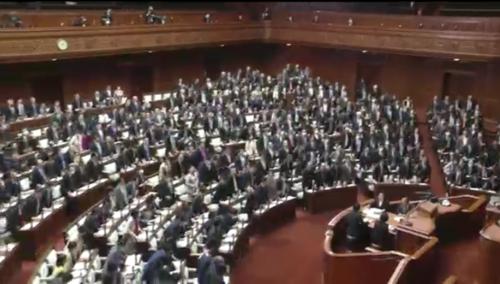 労働基準法改正案・衆院通過.PNG