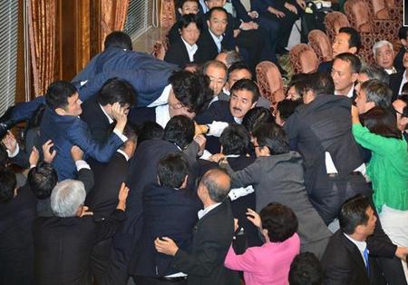 安保法案可決(参議院).PNG