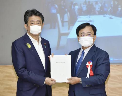 安倍晋三と小林喜光・規制改革推進会議・7月2日.PNG