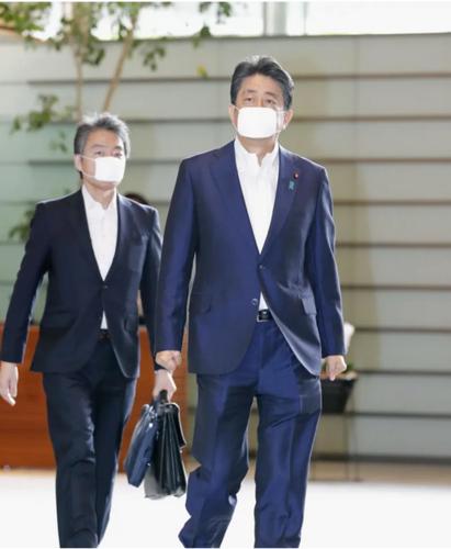 安倍晋三・官邸へ・九州大雨.PNG