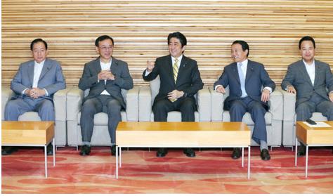 安倍首相、他.PNG