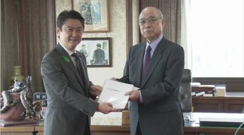 山下貴司(左)・AI.PNG