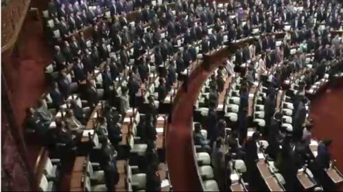 新型インフル法案・衆院通過.PNG