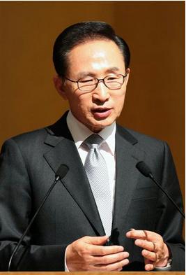 李明博2.PNG