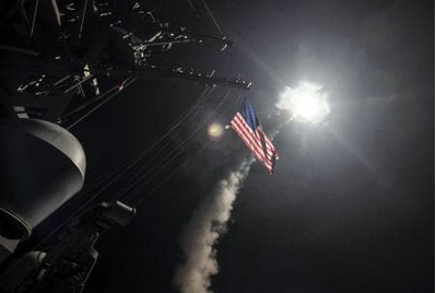 米、シリアにミサイル.PNG