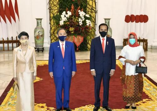 菅夫妻とジョコ大統領夫妻・インドネシア.PNG
