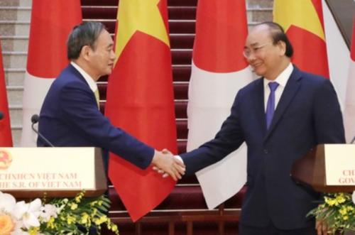 菅義偉とベトナムのフック首相・ベトナム.PNG