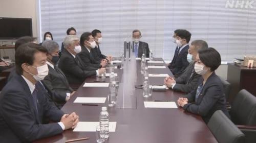 衆院憲法審査会・4月8日.PNG