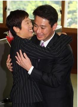 辻元清美と前原誠司.PNG