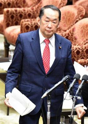 金田勝年・国会.PNG