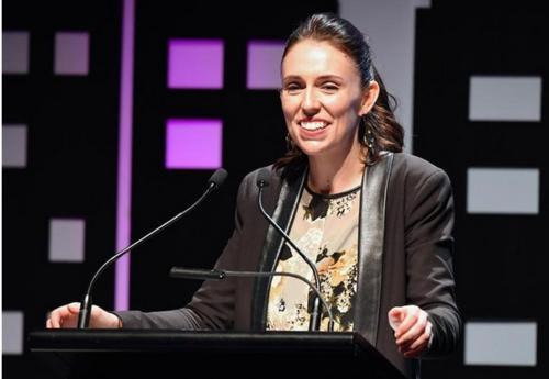 NZ労働党のジャシンダ・アーダーン党首.PNG